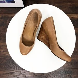 Clarks leather wedges SZ 8